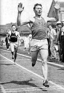 Glenn Cunningham, 1933